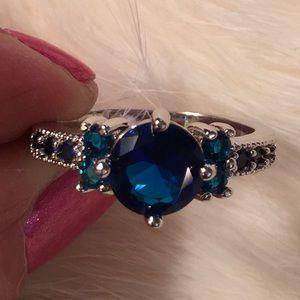 10kt GP Sapphire Ring 2.33 CTTW 11 Gemstones